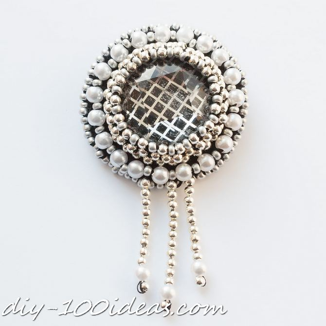 DIY beaded brooch (8)