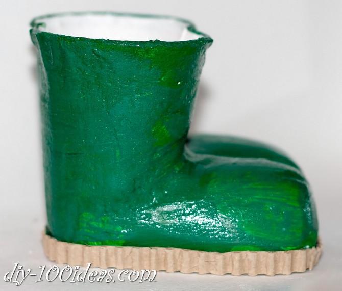boots pencil holder diy (11)