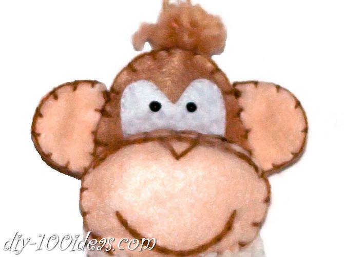 Felt monkey  (1)