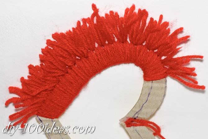 Valentine's Day Yarn Hearts craft (10)