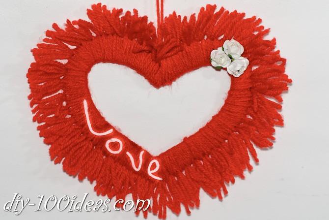Valentine's Day Yarn Hearts craft (14)