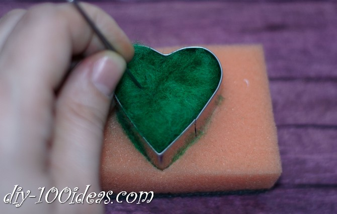 needle felted brooch four leaf clover (4)