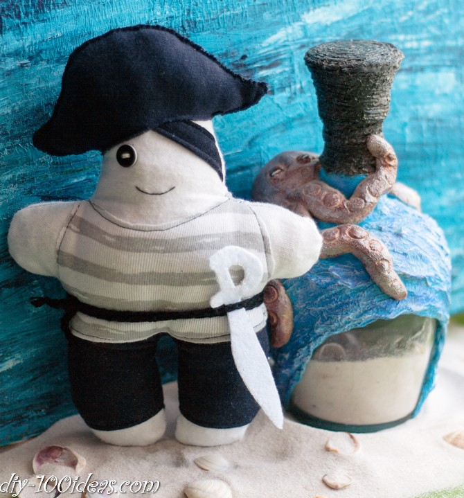 How to sew soft Pirate Doll (9)