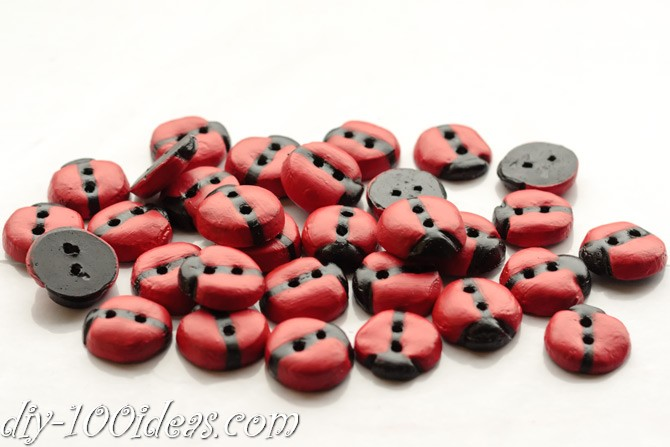 diy_ladybug_-buttons-5