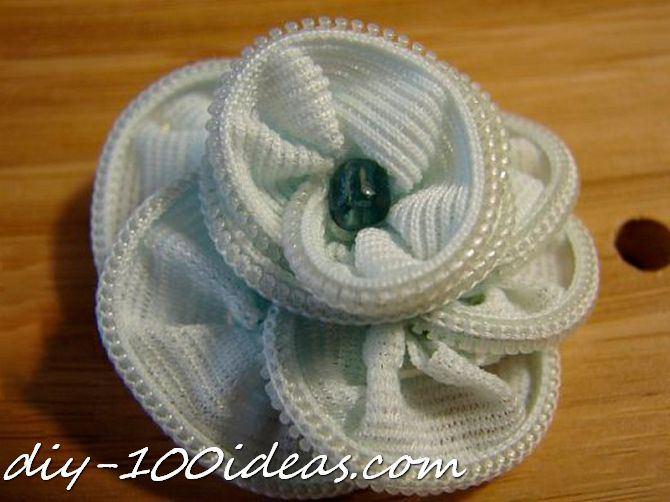 zipper rose tutorial (1)