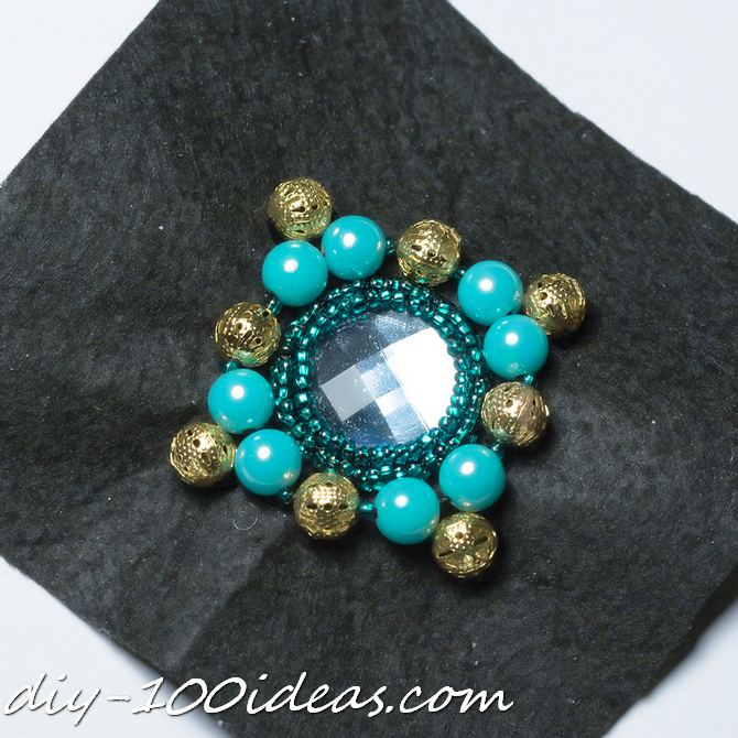 DIY beaded brooch (6)
