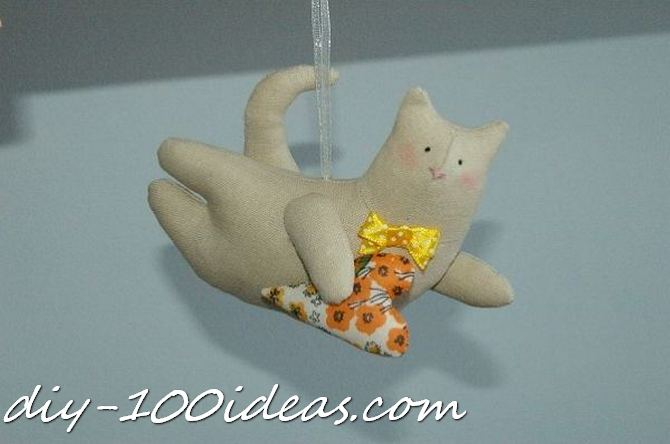 Free sewing pattern Tilda cat (1)