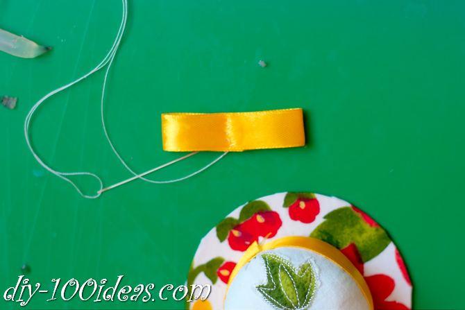 DIY pincushion holder (13)