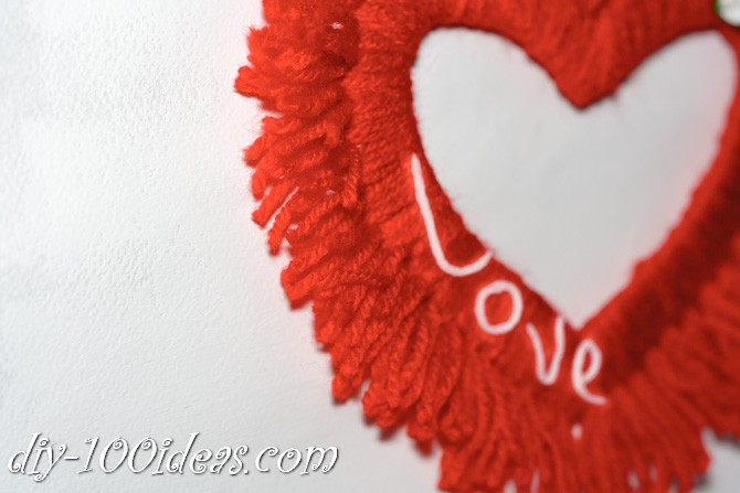 Valentine's Day Yarn Hearts craft (1)