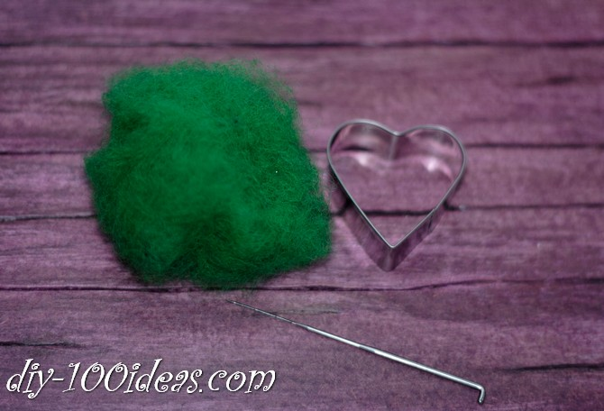 needle felted brooch four leaf clover (3)