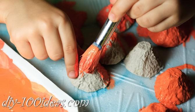 egg-carton-pumpkin-craft-4