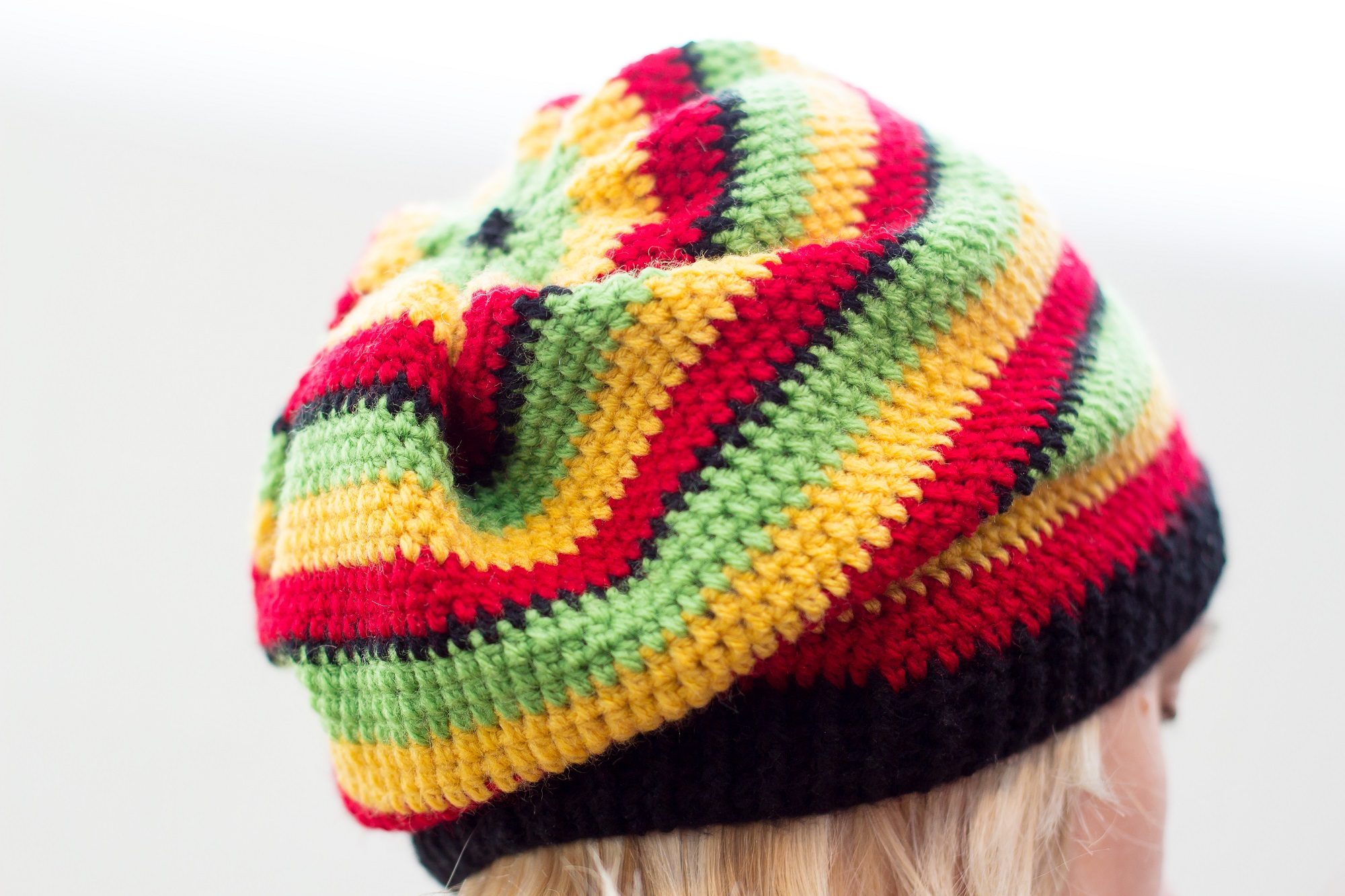 Diy 100 ideas on feedspot rss feed if you are looking to crochet a fun design then the rasta hat pattern is for you this video tutorial shows you step by step how to crochet a rasta hat baditri Gallery